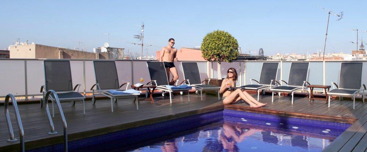OUTDOOR SWIMMING POOL Ciutat Barcelona Hotel
