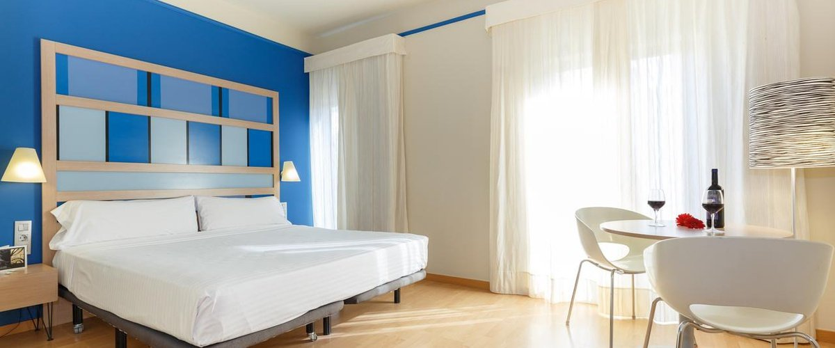 COTS Ciutat Barcelona Hotel