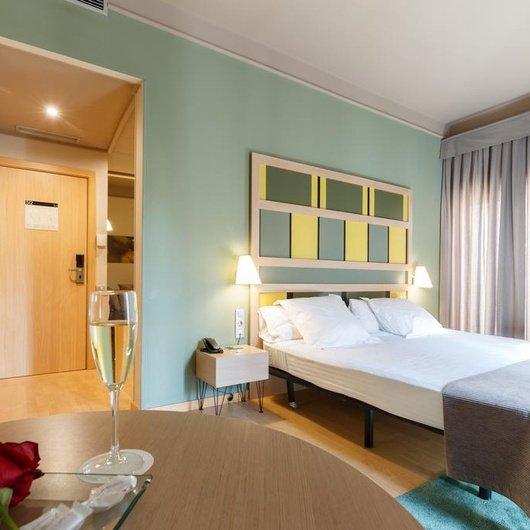Single room Ciutat Barcelona Hotel